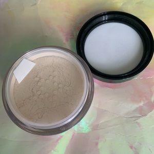 Kat Von D Translucent Setting Powder